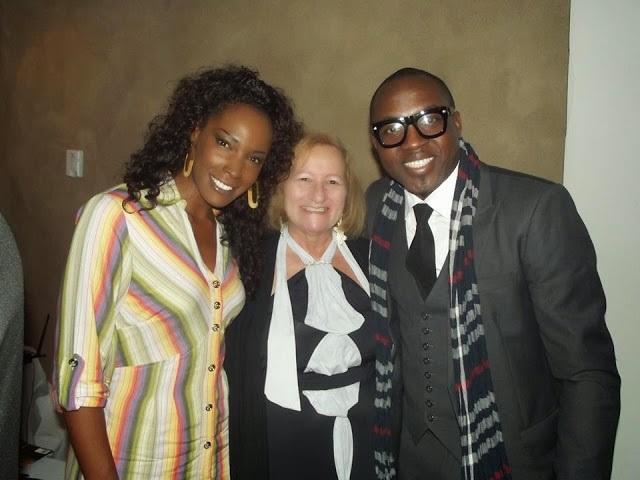 Elisabeth e Mike do Terra da Garoa, com NAdja Farias no centro