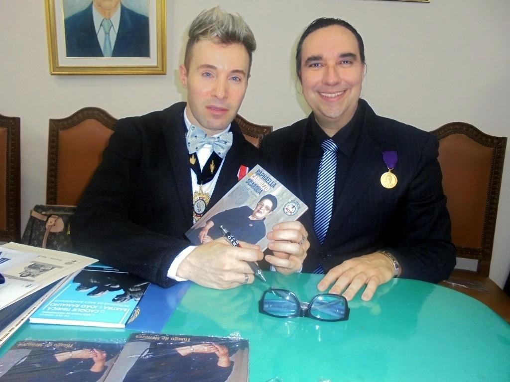 Conde Thiago de Menezes e Helcio Hime Medalha FALASP (75) (1024x768)