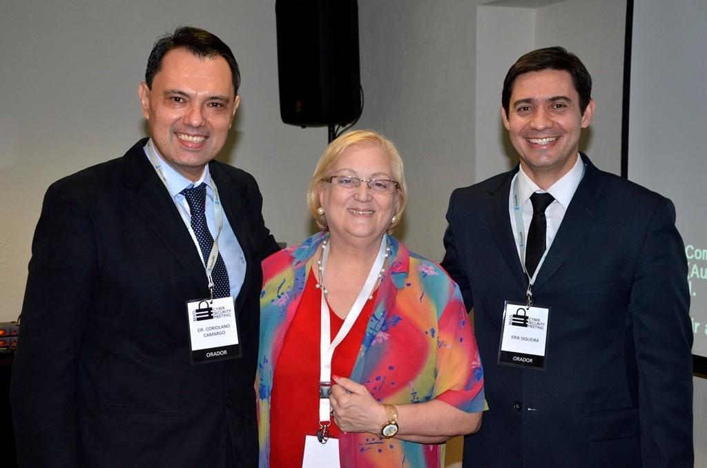 Cyber Coriolano vera e delegado PF Erik Siqueira