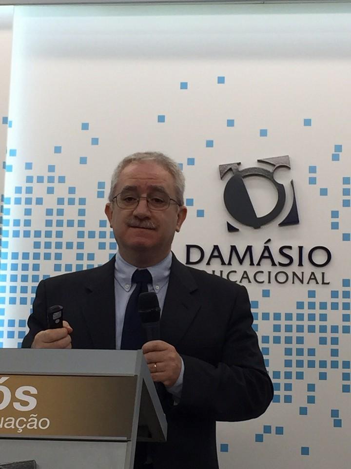 Prof Manuel Damasio