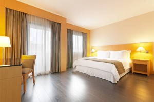 TRYP1 JesuinoArruda-Premium_Room_DoubleBed (1)