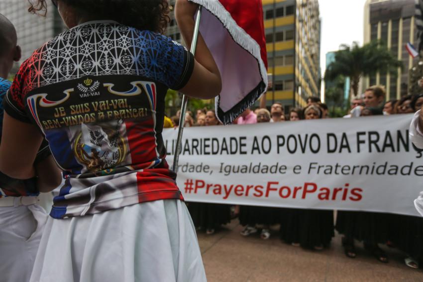 Sao Paulo 15/11/2015 Ato em solidariedade as vitimas do atentado em Paris . Foto Paulo Pinto/Fotos Publicas