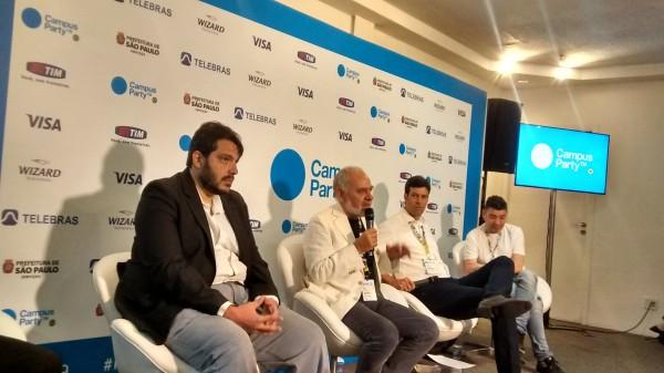 João Cassino, Francesco Farruggia, presidente do Instituto Campus Party; Tonico Novaes, diretor-geral da Campus Party Brasil e Paco Ragageles, fundador do evento - See